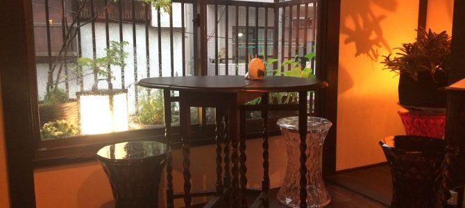 ニカイのmarugame(ニカイノマルガメ)|窓際の特等席でゆったり晩酌